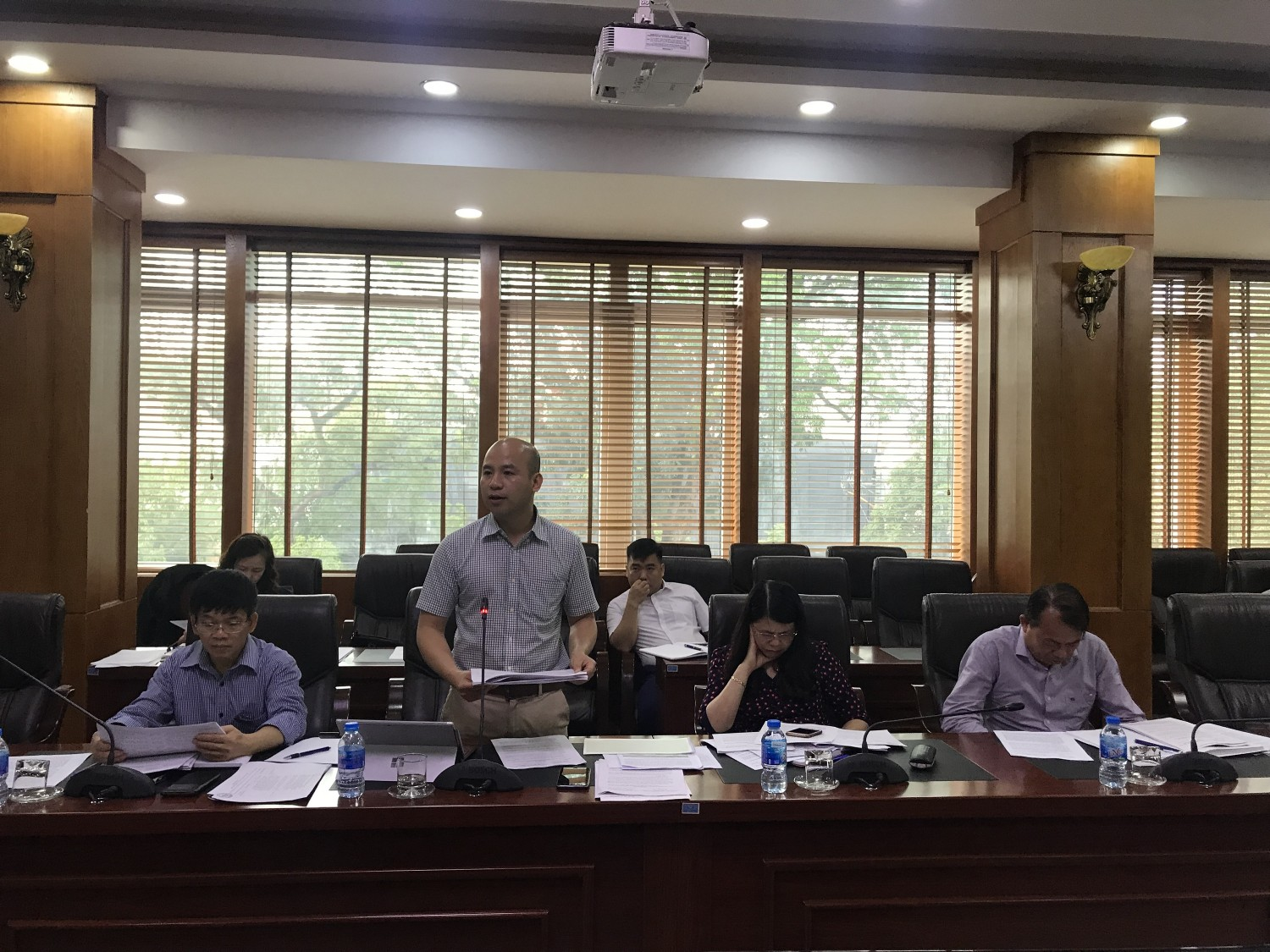 Mr. Truong The Vinh-Deputy Director of Department of Culture, sports and Tourism, Director of Non nuoc Cao Bang UGGp reported at the meeting.