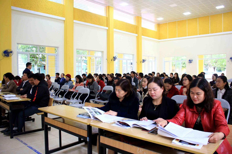 Các học viên tham gia tập huấn copy